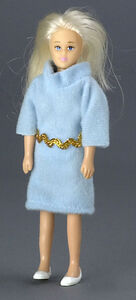 Блондинка в голубом платье, 14 см, кукольная миниатюра 1:12 (Dollhouse), Premium арт. 00006 (P%)