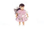 Девочка брюнетка, 8,9 см, кукольная миниатюра 1:12 (Dollhouse), Premium арт. 00014 (P%)