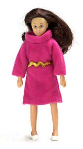 Брюнетка в розовом платье, 14 см, кукольная миниатюра 1:12 (Dollhouse), Premium арт. 00016 (Pa)