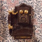 Телефон настенный, 4х3 см, кукольная миниатюра 1:12 (Dollhouse), Emporium арт. 4552 (mm)