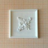 Потолочная панель с декором, 6,0*6,0 см, пластик, кукольная миниатюра 1:12 (Dollhouse), Dollsmini арт. 01.0977/4_10 (mf)