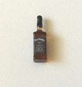 Бутылка виски Jack Daniels, 1,9 см, кукольная миниатюра 1:12 (Dollhouse), Dollsmini арт. 01.0990/3 (mm)