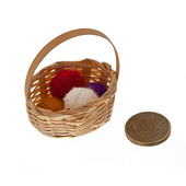 Корзинка для рукоделия с мотками шерсти, 2,5х4,5 см, кукольная миниатюра 1:12 (Dollhouse), Art of Mini арт. AM0101036 (mm)