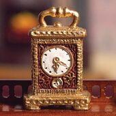 Часы с ручкой для переноски, кукольная миниатюра 1:12 (Dollhouse), Emporium арт. 4528 (mm)